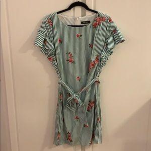 NWOT 8 Nine West paradise floral striped dress
